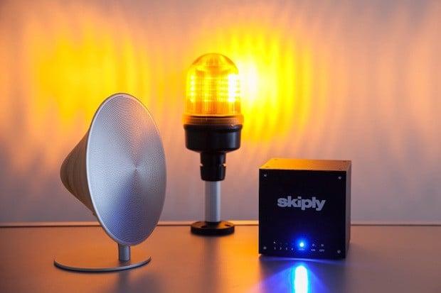 Skiply et objets connectés pour Webmecanik Alert